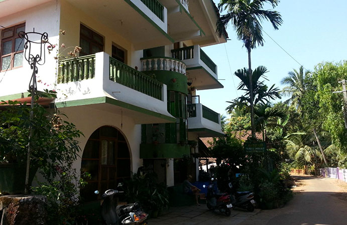 Patxa Guest House We Offer Budget Hotels In Goa